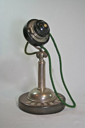 1899 Edmonstone Company Anders push-button telephone